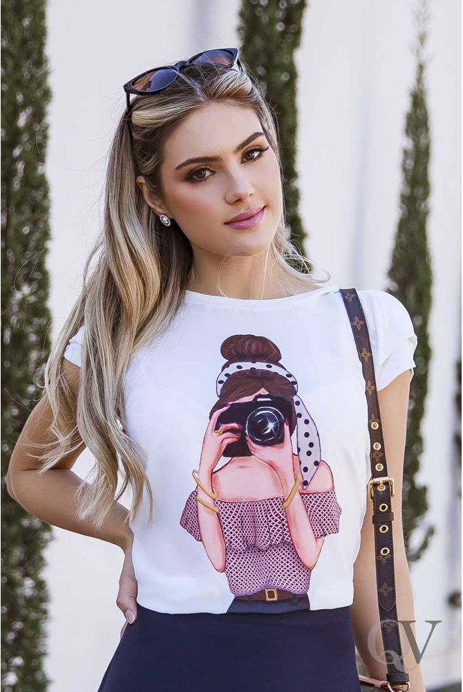 T-SHIRT-GIRL-PHOTOGRAPHY-ARTSY-A