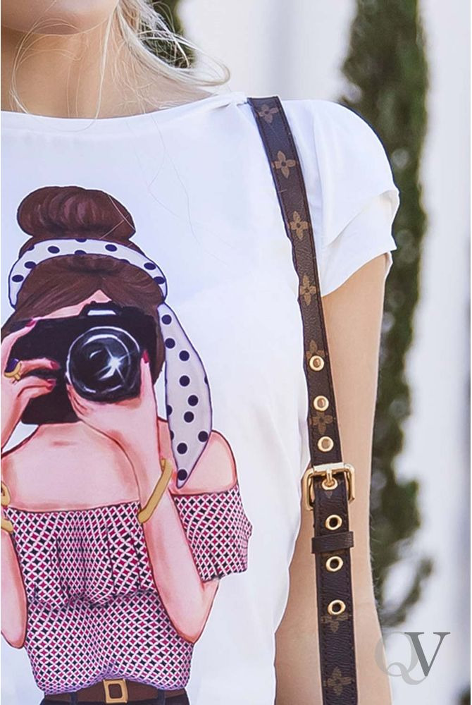 T-SHIRT-GIRL-PHOTOGRAPHY-ARTSY-C